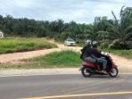 Kondisi Jalan masuk ke Desa Batang Nilo Kecil masih tanah